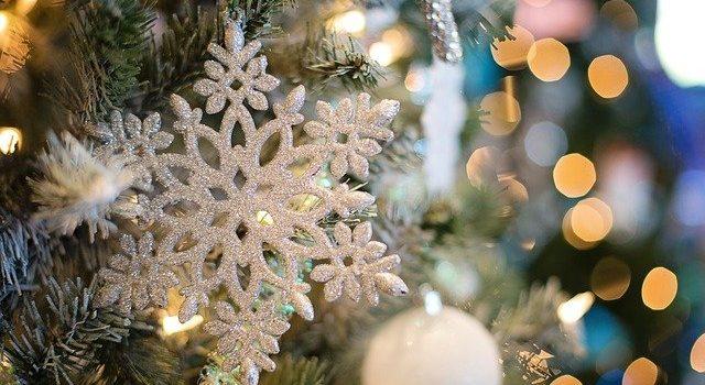 Życzenia świąteczne licealistów ZSO w Sędziszowie